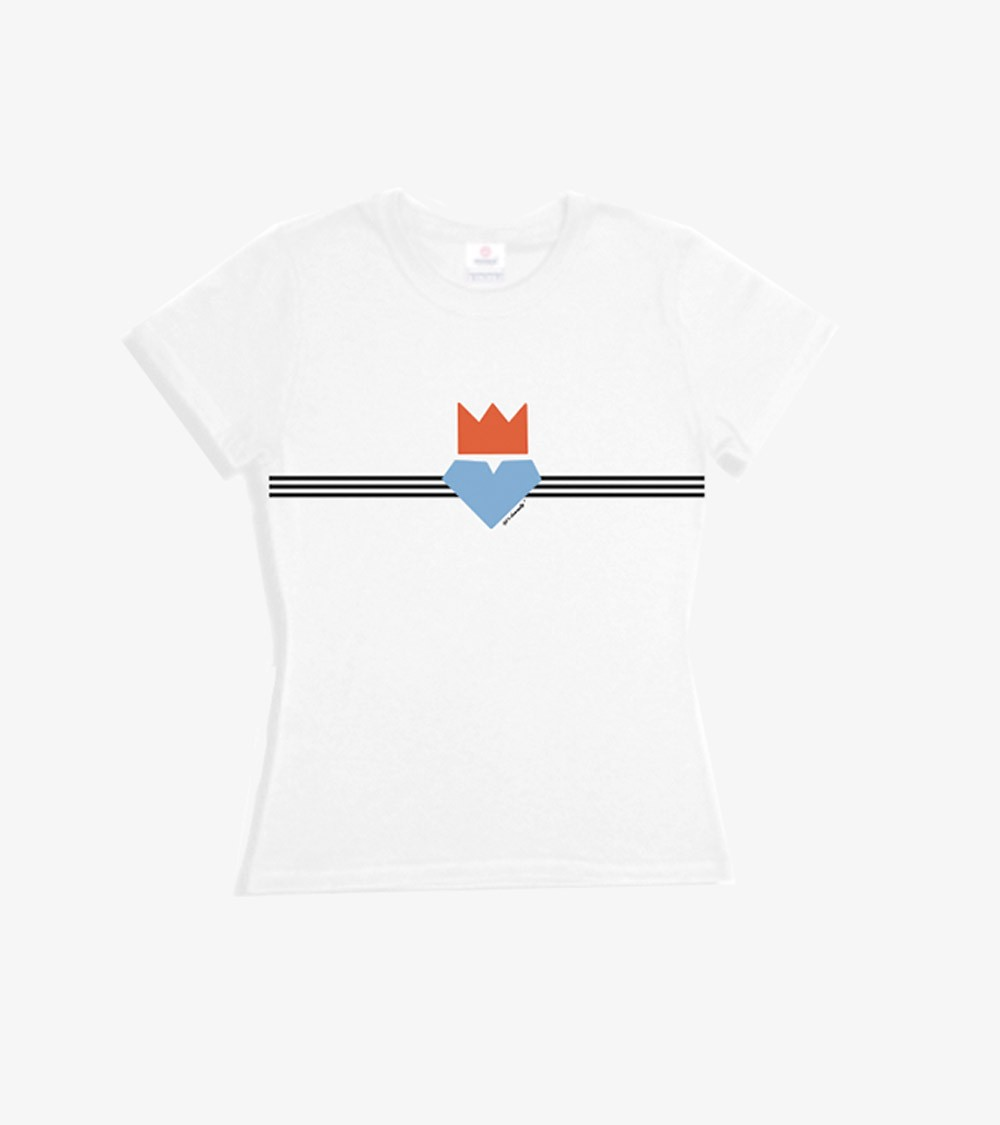 Pic of a women white t-shirt with a colorful graphic